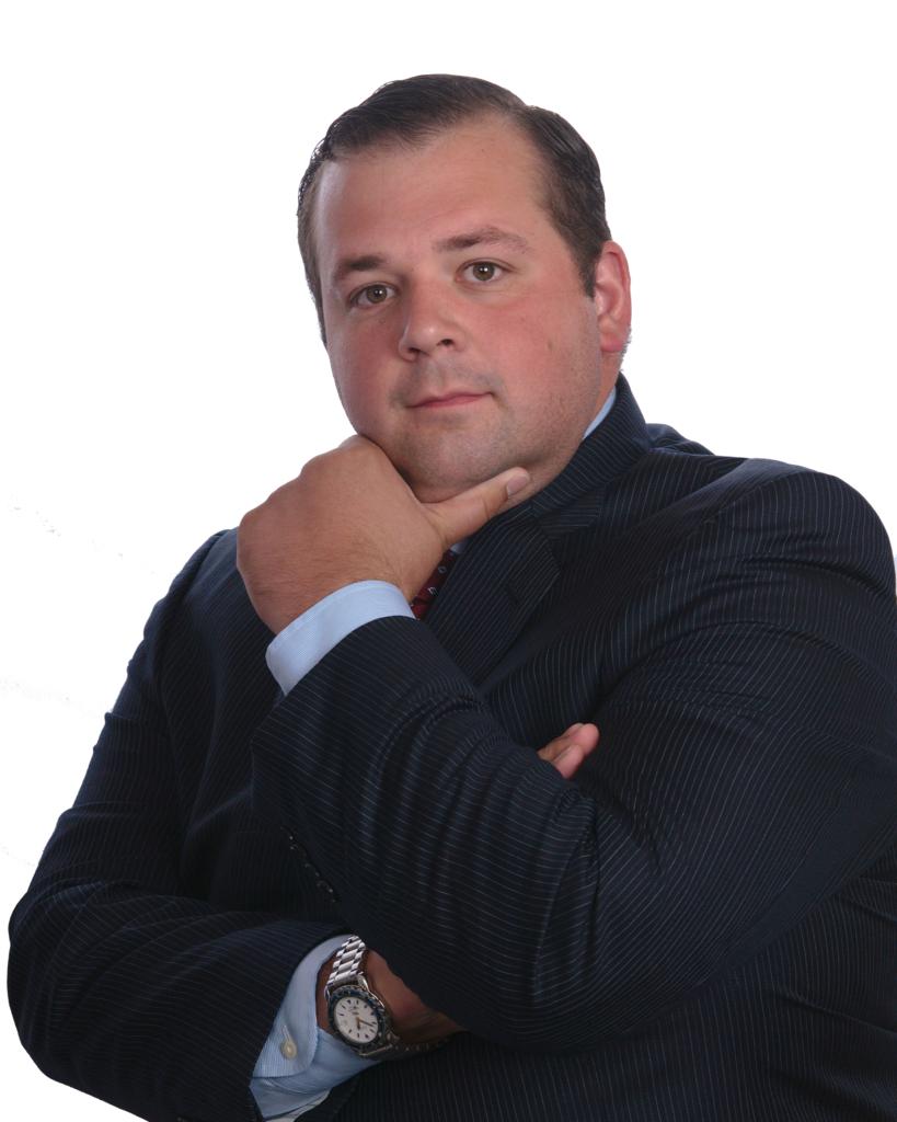 D Mark Agostinelli Facebook Marketer - Business Analyst